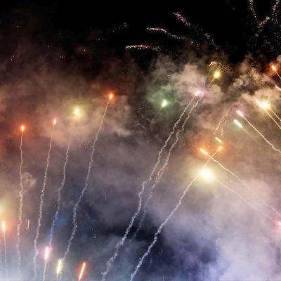 fireworks_pr_mobile_b